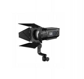 Iluminador Fresnel Led Godox S30 30w 5600k Bivolt Forte Leve